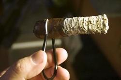 The Cigar Clip